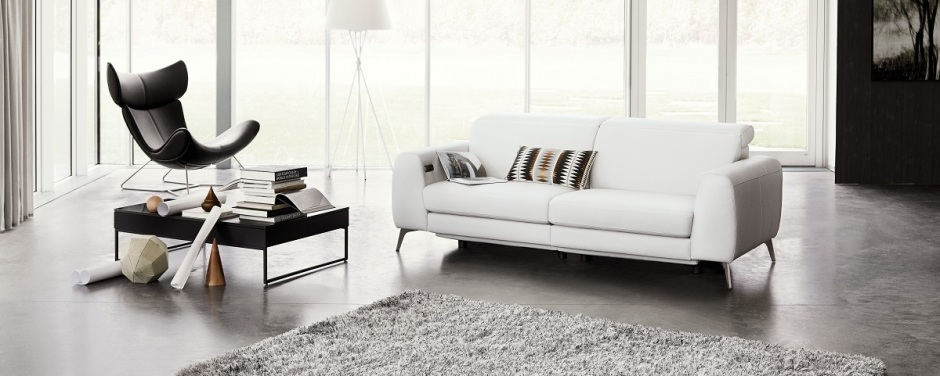 Madison-sofa-with-electric-seat-head-and-foot-rest-motion-rechargeable-lithium-battery-included_Print-150dpi-jpg_1
